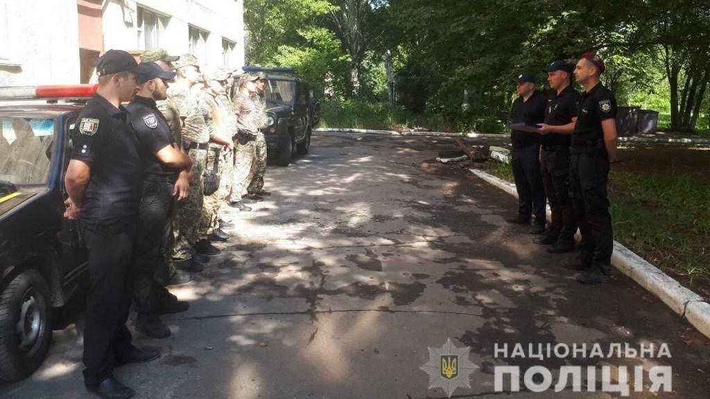 В Ужгороді відзначили закарпатських правоохоронців, які брали участь у бойових діях на сході України