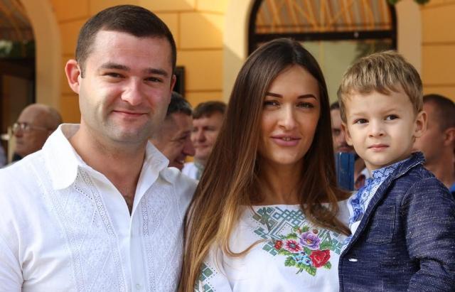Дружина мера Мукачева народила доньку у місцевій лікарні