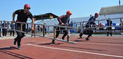 На обласних змаганнях з пожежно-прикладного спорту перше місце посіла команда з Ужгорода