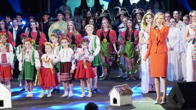 Мегакрутий звітний концерт Ужгородського коледжу культури і мистецтв (відео)