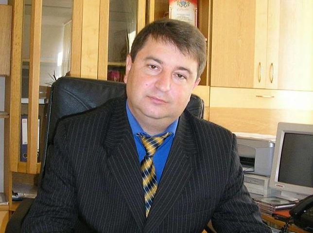 Соцмережі повідомляють про договірняк навколо конкурсу на посаду директора Ужгородського пологового будинку