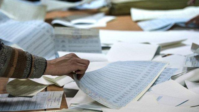 На Закарпатті підраховано більше 50% голосів: попередні результати по мажоритарникам