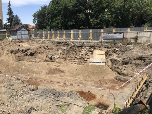 В Ужгороді відбувся брифінг щодо виявленого підземелля