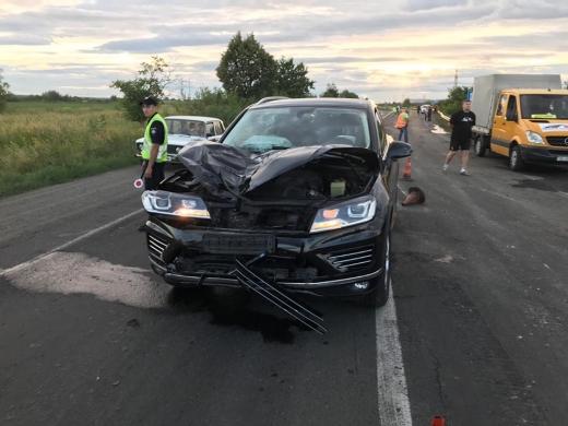 Смертельна ДТП на Мукачівщині: пішохід загинув на місці, водій – у реанімації