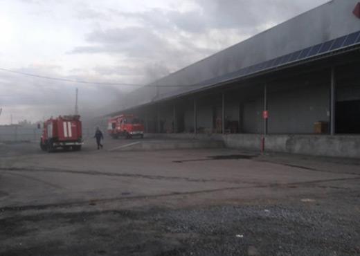 """В Мукачеві знову горіла будівля """"Нової пошти"""""""