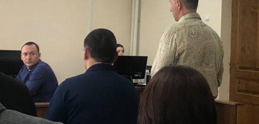 У справі про хабарництво екс-заступника Ужгородського міського голови Цапа захист вчергове зірвав судове засідання (фото)