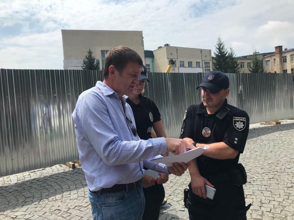 Нардеп Горват обіцяє контролювати використання 28 мільйонів гривень на капремонт басейну гімназії та вулиці Гагаріна в Ужгороді