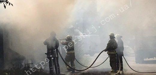 В одному з мікрорайонів Мукачева сталася масштабна пожежа (ФОТО, ВІДЕО)