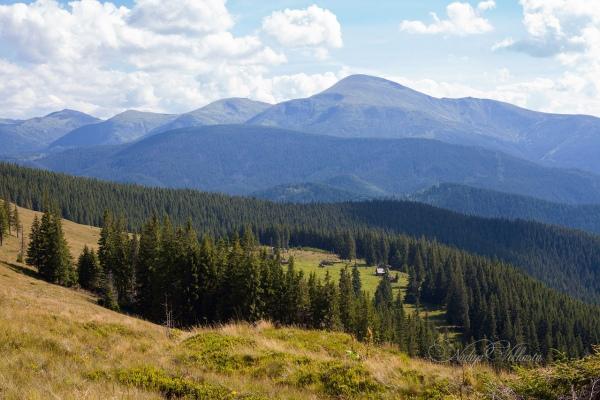 На Рахівщині відшукали двох німецьких туристок, що загубилися у горах