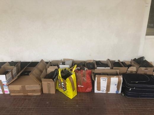 Закарпатські прикордонники викрили незаконне переміщення партії брендового одягу та взуття
