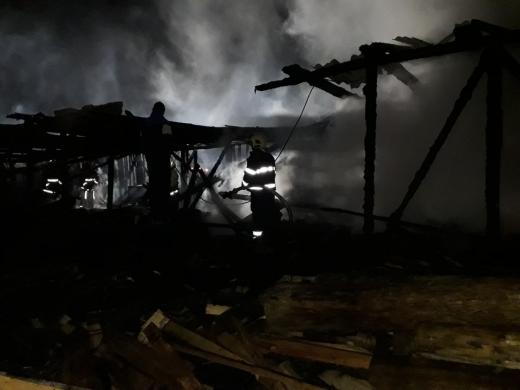 Опівночі на Міжгірщині горіла пилорама