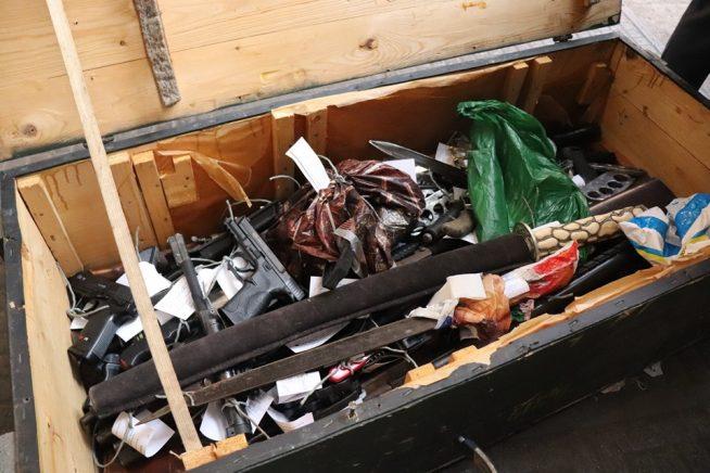 В Ужгороді знищили 135 одиниць конфіскованої зброї (ФОТО)