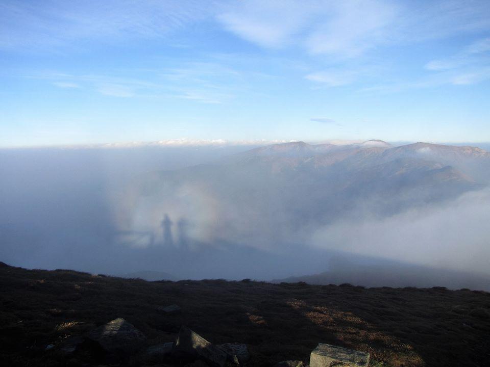 У горах на Закарпатті зафіксували рідкісне оптичне явище (ФОТО)