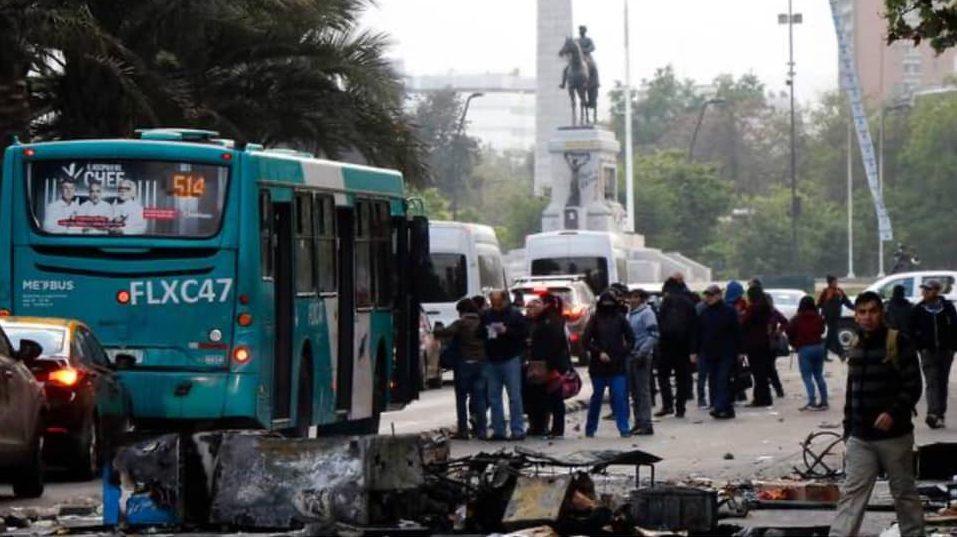 Закарпатець опинився у вирі масових протестів у Чилі (відео)