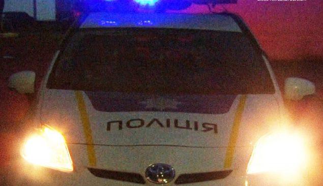 В Ужгороді неадекват поранив ножем поліцейського