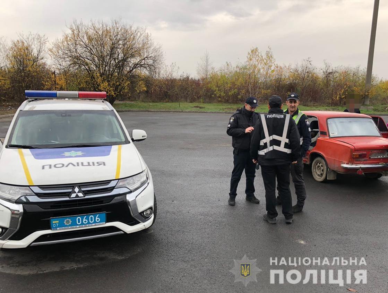 На Ужгородщині водій-порушник намагався дати хабара патрульним