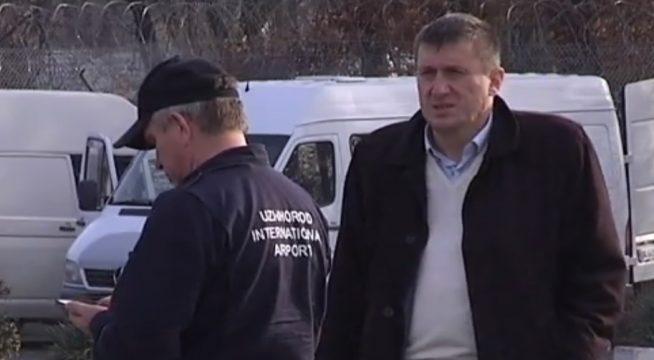 В Ужгороді страйкує єдиний в області аеропорт (відео)