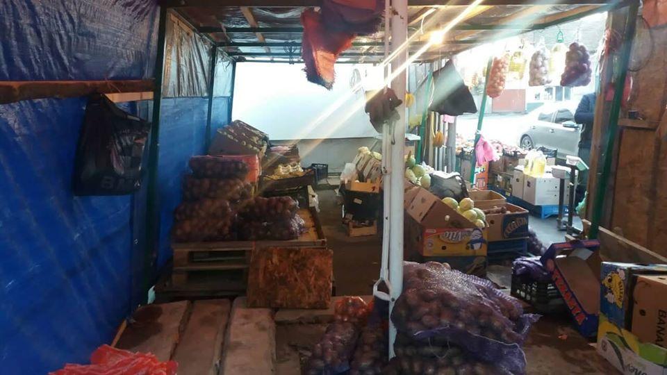 На Берегівщині затримали чоловіка, який виніс із торгового павільйону продуктів на понад 30 тис. грн.