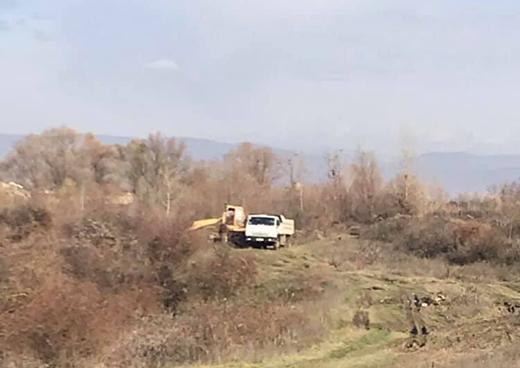 За фактом незаконного видобутку піщаної суміші на Мукачівщині поліція розпочала слідство