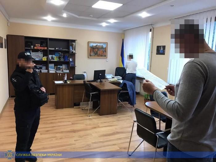 Заступника мера Ужгорода СБУ викрила на мільйонних махінаціях із земельними ділянками