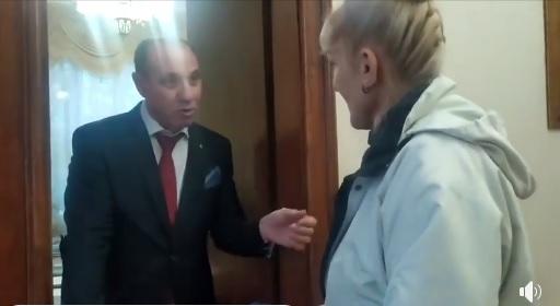 Голова Закарпатської ОДА наразився на неприємну розмову з громадянами (відео)