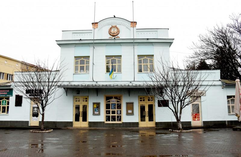 Віденський бал для малечі відбудеться у ляльковому театрі в Ужгороді
