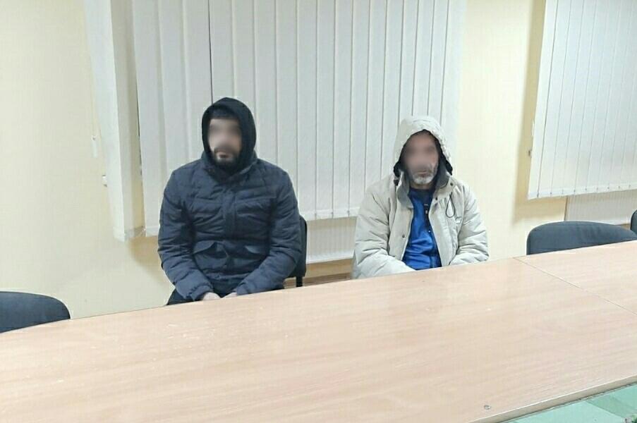 На околиці Ужгорода прикордонники затримали двох нелегалів із Сирії