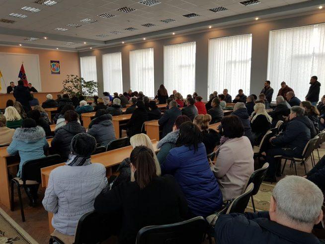 Іршавчани перекриють дорогу Ужгород – Хуст  через закриття районної лікарні (відео)