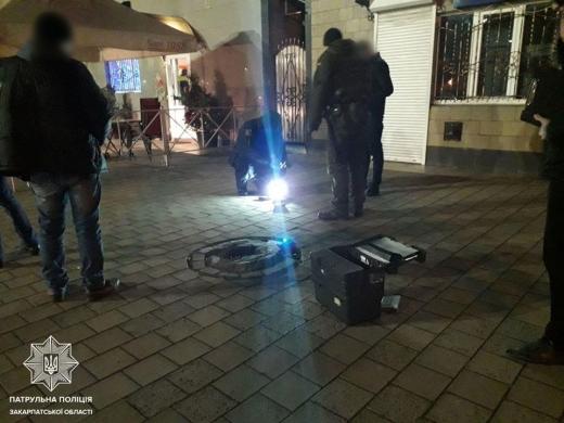 У поліції повідомили подробиці нічної стрілянини в Ужгороді