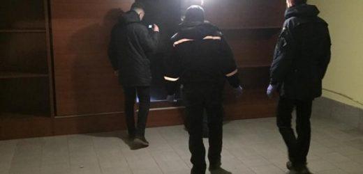 Депутат селищної ради на Закарпатті разом зі спільниками підозрюється в утриманні таджиків у неволі