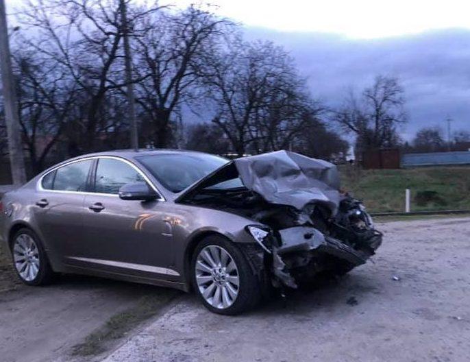 П'яний водій, після ДТП під Ужгородом, втікав від поліцейських городами (відео)