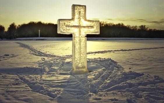 Проведення богослужінь на Водохреща та освячення води в Ужгороді (ГРАФІК)