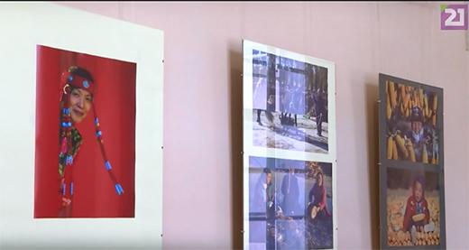 В Ужгородському замку відкрили виставку світлин фотографа з Румунії Лайоша Нодя