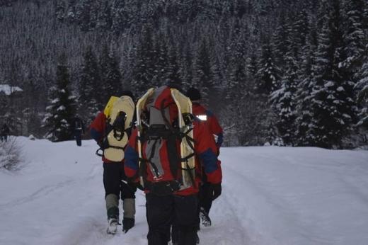 На Закарпатті у горах заблукала група туристів – тривають пошуки