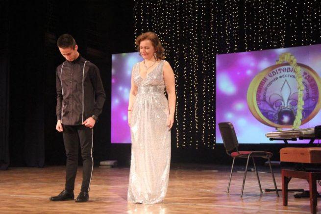 Фортепіанний дует з Ужгородського інституту культури і мистецтв переміг на міжнародному фестивалі (відео)