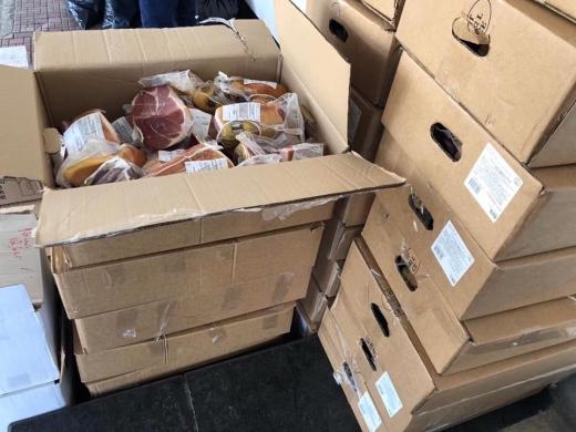 На Закарпатті митники вилучили 1 тонну харчових продуктів