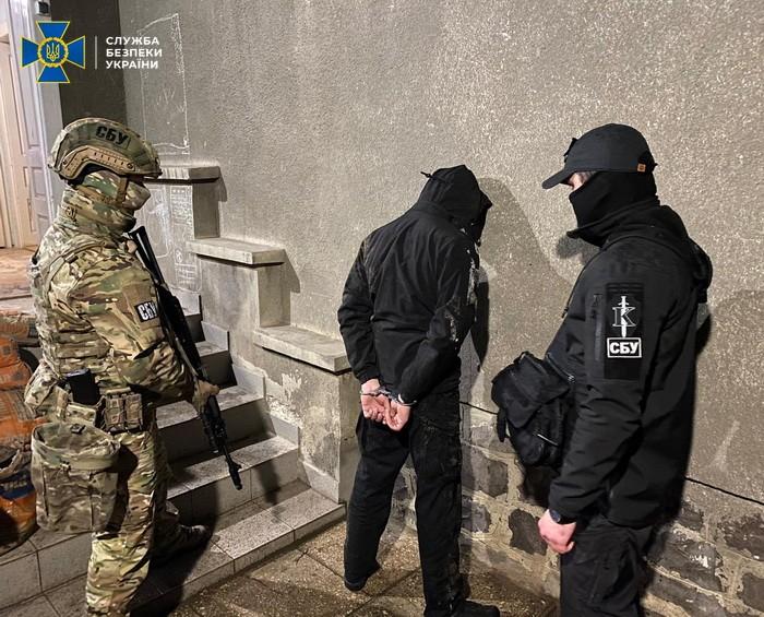 На Закарпатті СБУ знешкодила угруповання рекетирів, яке тероризувало місцевий бізнес