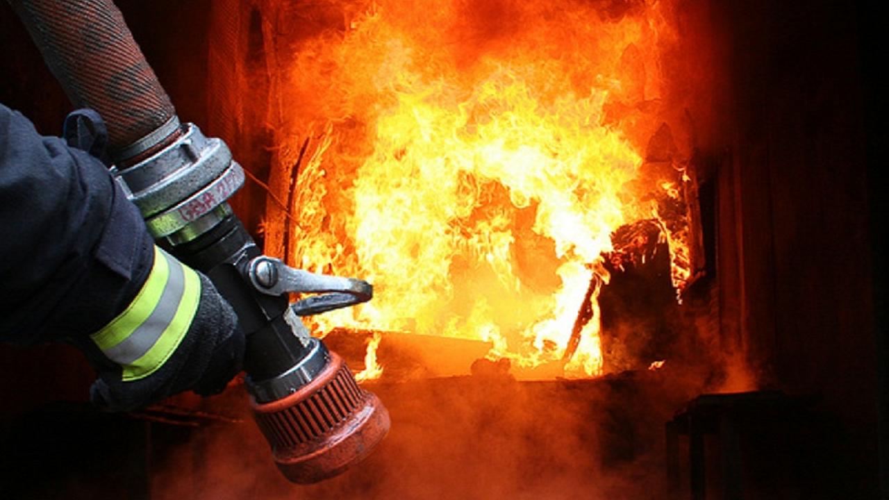 На Закарпатті протягом вихідних сталося біля десятка пожеж