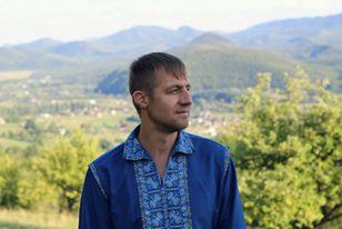 Козак Гаврилюк перекваліфікувався з нардепа у таксиста