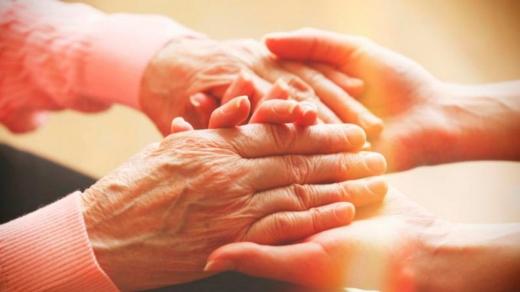 Ужгородські лікарі проведуть онлайн-зустріч присвячену Всесвітньому дню боротьби з хворобою Паркінсона