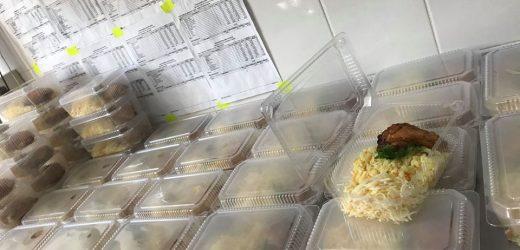 """Паб """"Чорне сонце"""" пригощає обідами працівників ужгородської швидкої допомоги"""