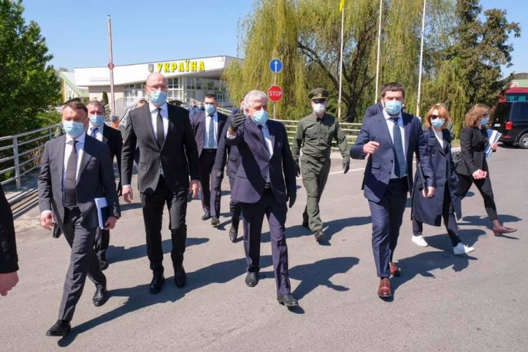 Урядовці ознайомились з роботою митного поста «Тиса»