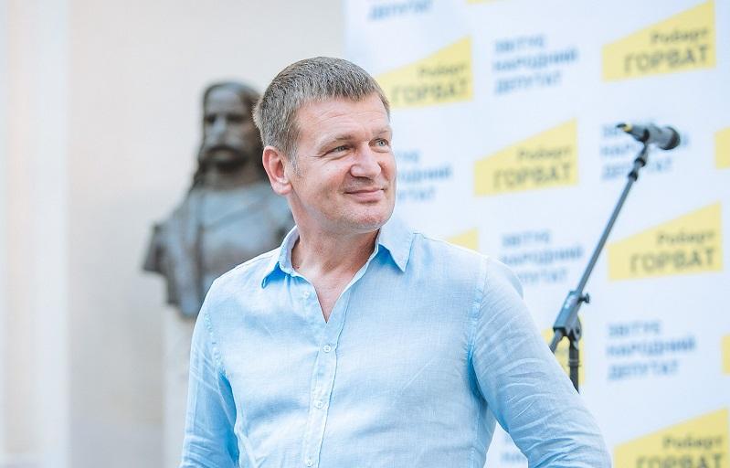 Закарпатський центр легеневих хвороб отримав суттєву допомогу від Роберта Горвата для боротьби з COVID-19