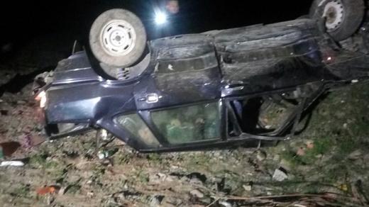 На Хустщині автівка перекинулась на дах – травмовано водія та пасажира