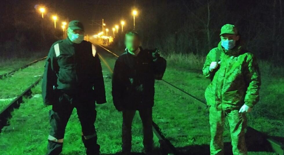 На Закарпатті затримали мешканців Луганщини та Львівщини, які намагалися перетнути кордон в обхід пунктів пропуску