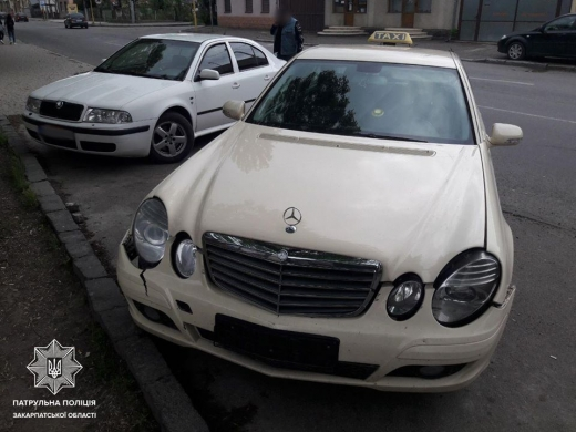 В Ужгороді таксист скоїв ДТП у стані наркотичного сп'яніння