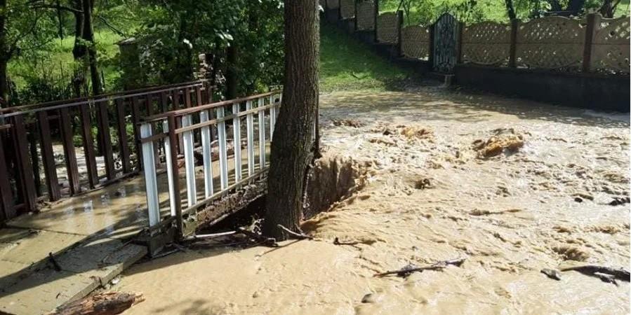 На Іршавщині паводок зруйнував 4 мостові переходи (фото)