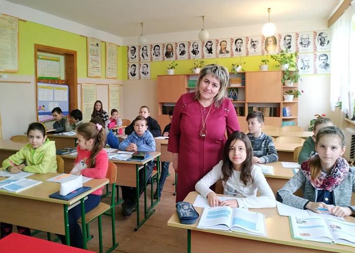 Як етнічні угорці на Закарпатті українську вивчають