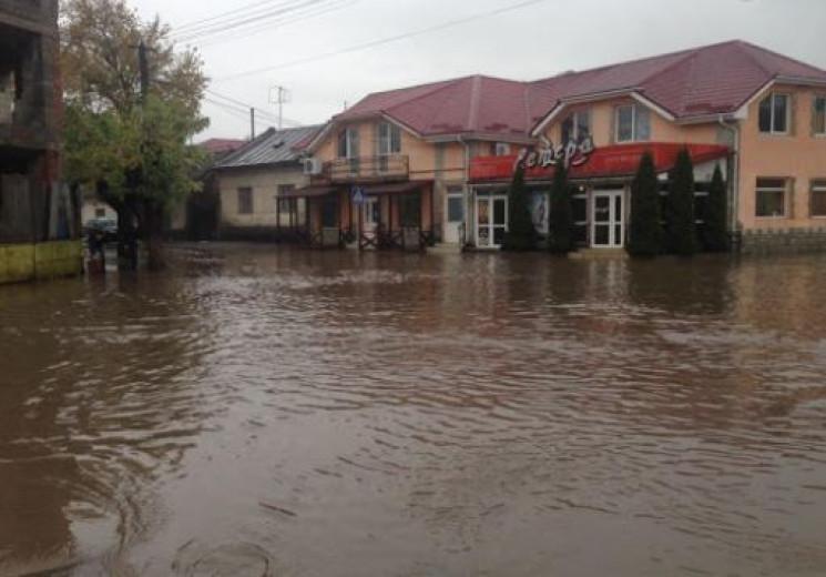 Учорашня злива в Ужгороді затопила три вулиці