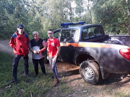 На Перечинщині поліцейські і рятувальники всю ніч шукали грибників, що заблукали в лісі